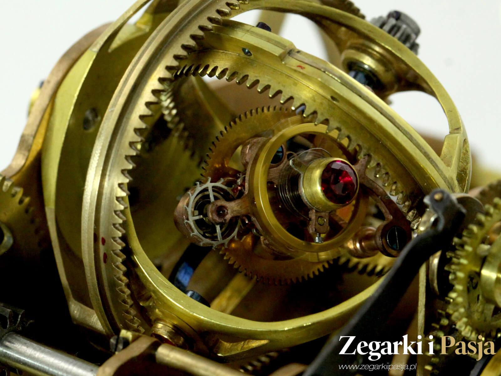 zegar gabinetory Karola Romana. Zegar z gyrotourbillonem