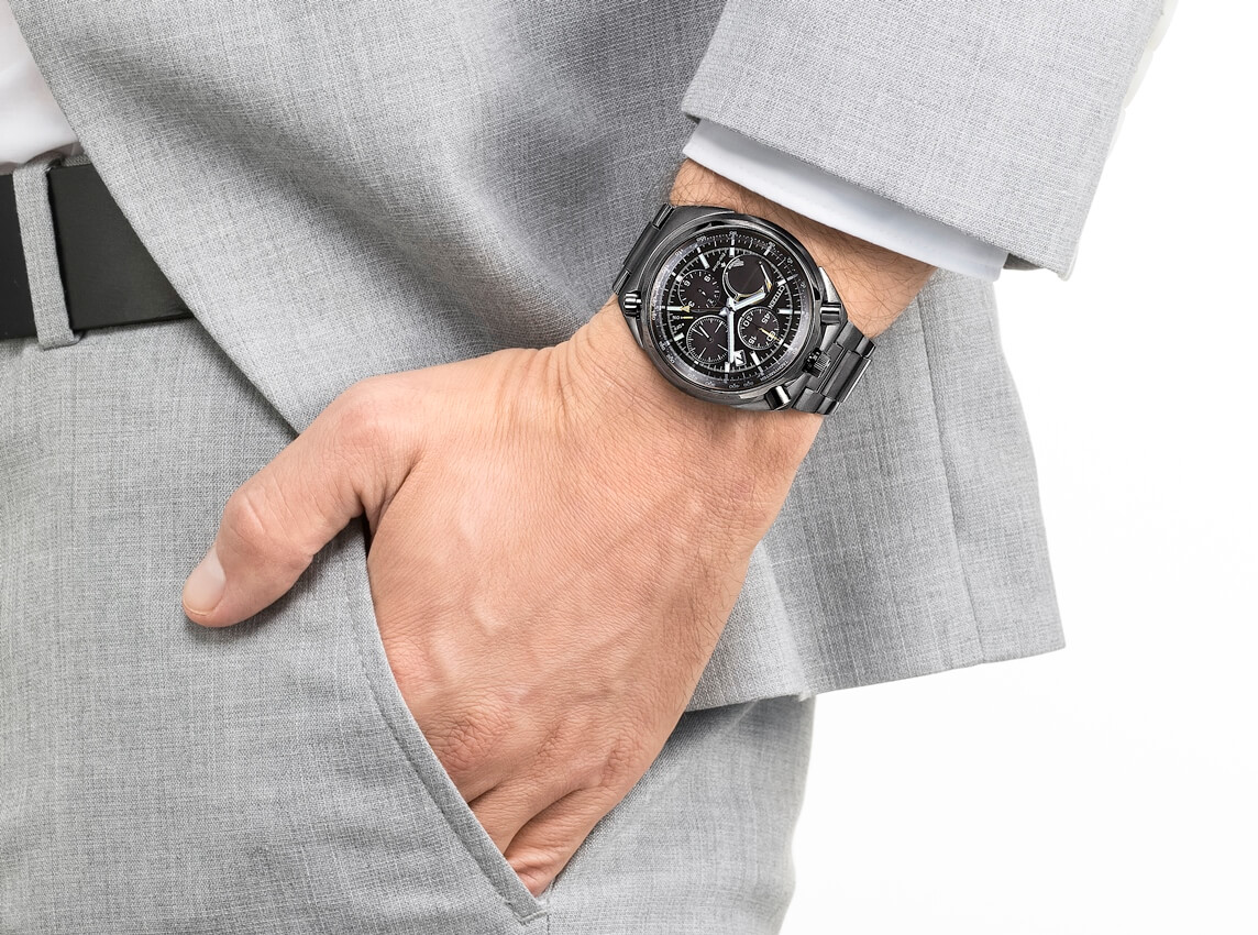CITIZEN Eco-Drive Analog Chronograph Bullhead – model z okazji 100-lecia marki