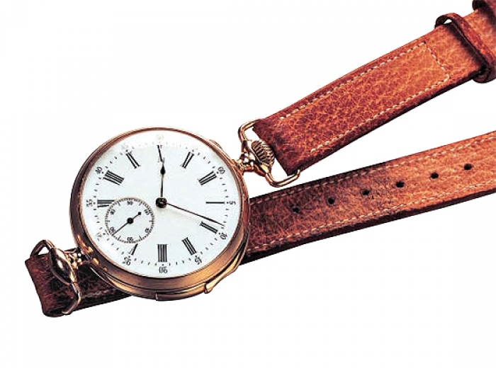1892 - Wristwatch featuring an minute repetier function