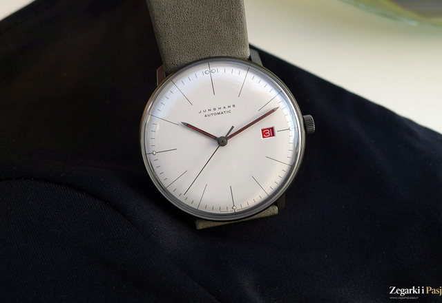 JUNGHANS Max Bill Automatic 100 Jahre Bauhaus (Baselworld 2019, zdjęcia live)